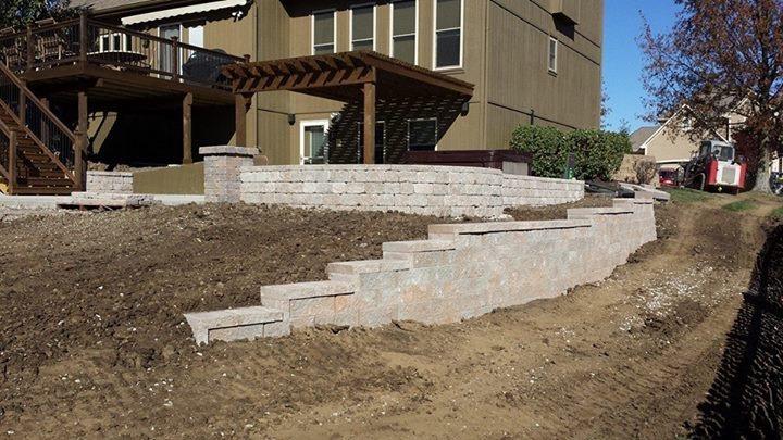 Kohler Outdoors retaining wall